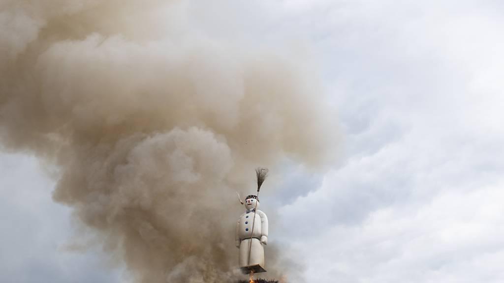 Die Schonfrist ist vorbei: Nach der coronabedingten Absage des Sechseläuten 2020 soll dieses Jahr wenigstens ein Böögg verbrannt werden. Ohne Zuschauer, aber mit TV-Übertragung. (Archivbild)