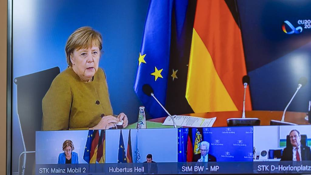 Merkel und Regierungschefs beraten über Corona-Kurs für Dezember