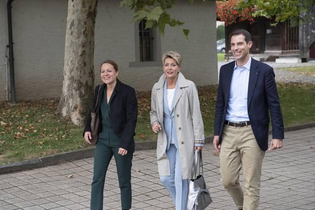 Die Bundesrätin hat die Einladung von FDP-Nationalrat und Ständeratskandidat Thierry Burkart angenommen.