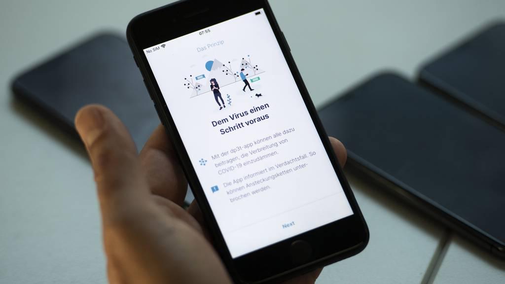 Neue Umfrage zeigt Bedenken gegenüber Contact-Tracing-App