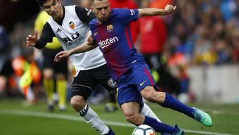 Jordi Alba (Barcelona) gegen Carlos Soler (Valencia)