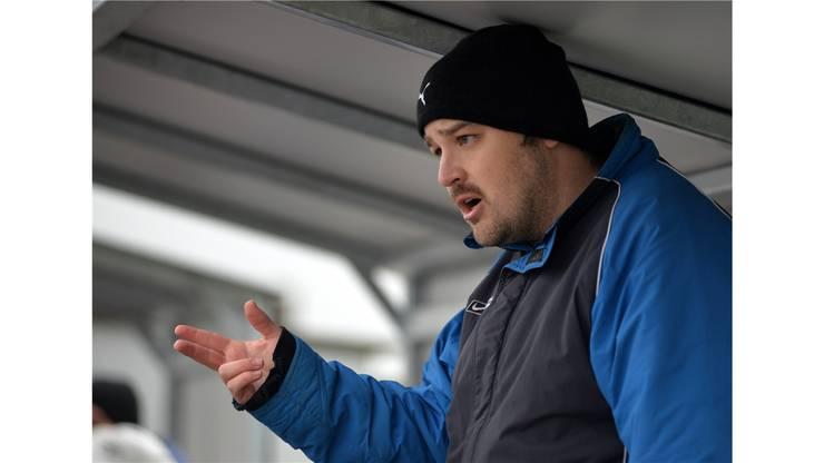 Bettlachs Coach Marco Christen gibt klare Anweisungen.