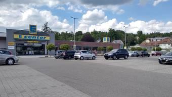 Seit der Grenzschliessung hat es deutlich weniger Autos im Laufenpark.