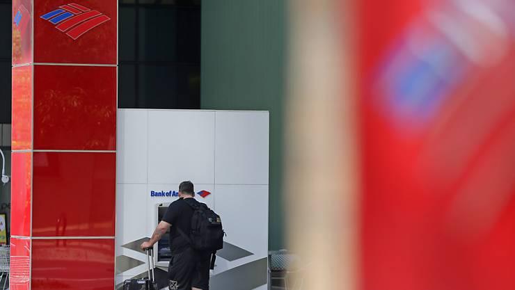 Die Bank of America hat im vierten Quartal unter einem schwächelnden Privatkundengeschäft gelitten. (Archivbild)