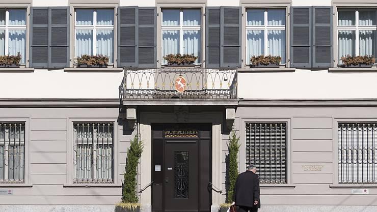 Die  Privatbank Notenstein La Roche setzt massiv den  Roststift an und streicht 100 Stellen bis 2019. (Archiv)