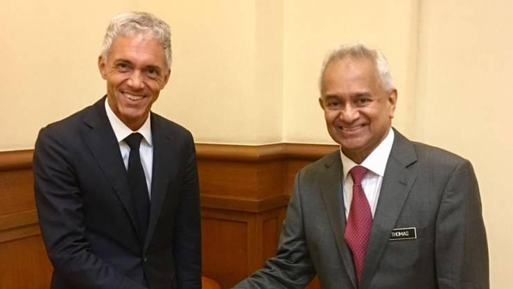 Bundesanwalt Michael Lauber (links) hat sich mit seinem malaysischen Amtskollegen Tommy Thomas zum Fall 1MDB ausgetauscht.