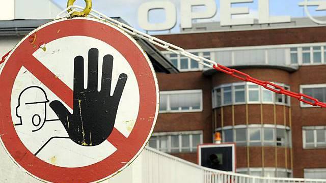 Angestellte von Opel fürchten um ihre Arbeit