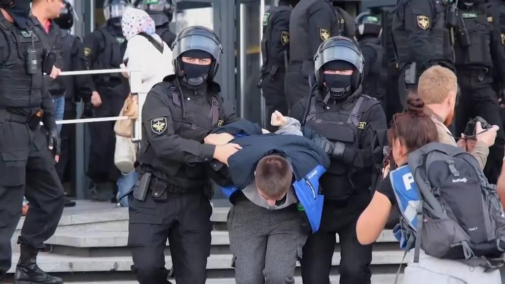 Proteste in Belarus: Fast 900 Festnahmen am Wochenende