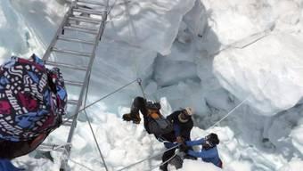 Rettungsarbeiten am Mount Everest