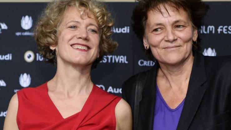 Sind seit 22 Jahren ein Paar: Zürichs Stadtpräsidentin Corine Mauch und die Musikerin Juliana Müller (Archiv 2014).