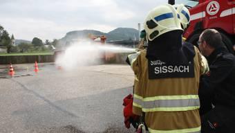 Früh übt sich: Feuerwehreinsatz für Ferienpasskinder