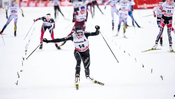 Nathalie von Siebenthal (im Vordergrund) feierte mit dem vierten Rang das beste Weltcupresultat ihrer Karriere.