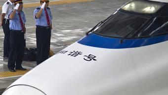 Ein staatlicher chinesischer Eisenbahnbauer ruft Schnellzüge zurück in die Werktstatt (Archiv)
