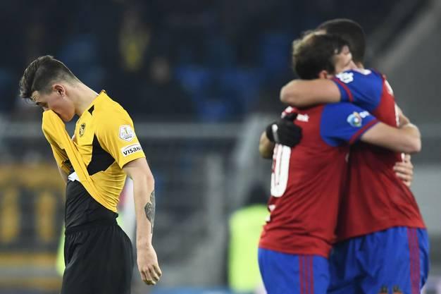 Basel jubelt, Bern grämt sich. Der FCB schlägt YB gleich mit 3:0.