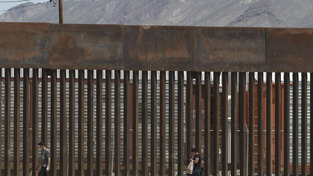 Pentagon gibt 3,6 Milliarden für Trumps Mauer frei