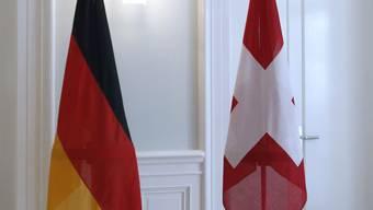 Immer mehr Schweizer wollen die Deutsche Staatsbürgerschaft.