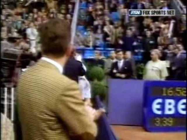 Pete Sampras bricht zusammen (Davis Cup 1995) und übergibt sich (US Open 1996).