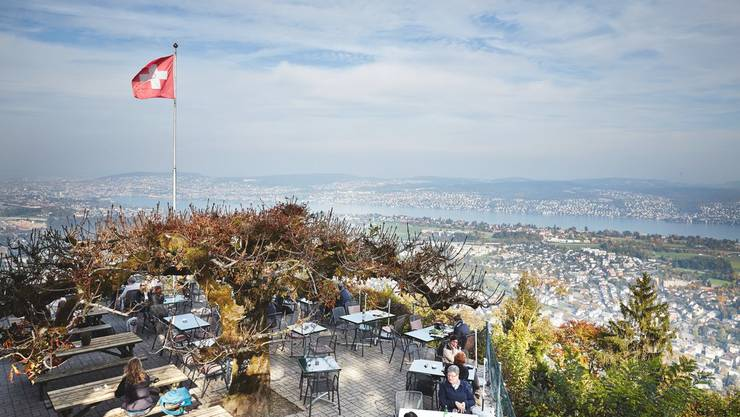 Blick über Zürich von der Felsenegg.