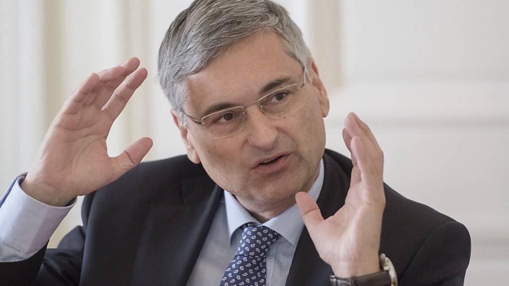 Ihm schwebe die Idee einer Swiss Green Card vor: Dies sagte der Luzerner Regierungsrat Guido Graf in einem Interview der «Zentralschweiz am Sonntag». (Archivbild)