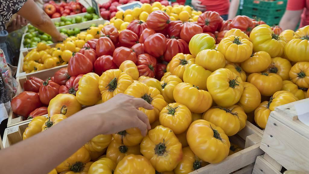Inflation bleibt im November im negativen Bereich