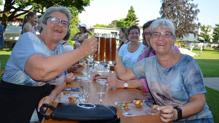 Klassenzusammenkunft am letzten Zapfenstreich in Windisch.