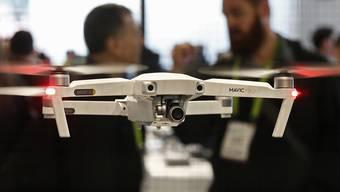Präsentation einer Drohne an der International Consumer Electronics Show in Las Vegas im Jahr 2018. (Archivbild)