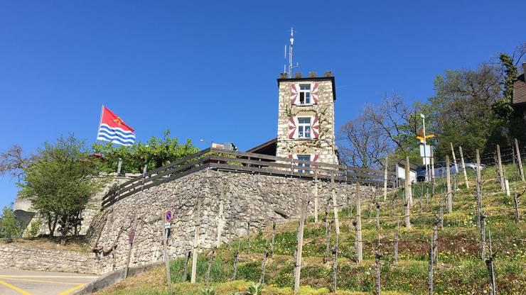 Das Schloss Schartenfels liess der Badener Gottfried Anner 1875 in die Wettinger Weinberge bauen.