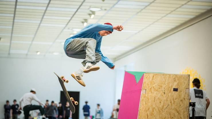 Skulpturen sind Skater-Bahnen