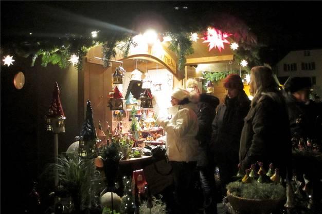 An den Ständen gab es auch kunsthandwerkliche Geschenkideen zu entdecken.