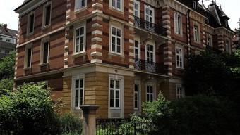 Das Haus an der Gundeldingerstrasse ist denkmalgeschützt, ursprünglich wollte der Käufer es abreissen. Kenneth Nars