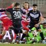 Kurz vor Schluss schoss Luganos Fabio Daprelà nach einer unzureichend geklärten Ecke zum 1:1-Ausgleich ein.