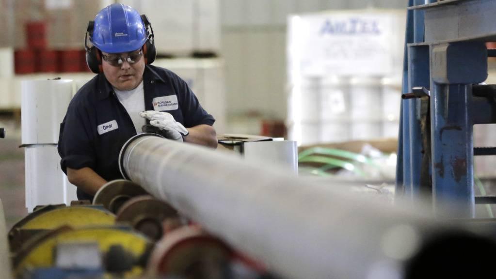 US-Präsident Donald Trump hatte ursprünglich eine neue Zollerhöhung von 25 auf 30 Prozent auf chinesische Importe wie Stahl im Umfang von rund 250 Milliarden Dollar per 1. Oktober angeordnet. (Archivbild)