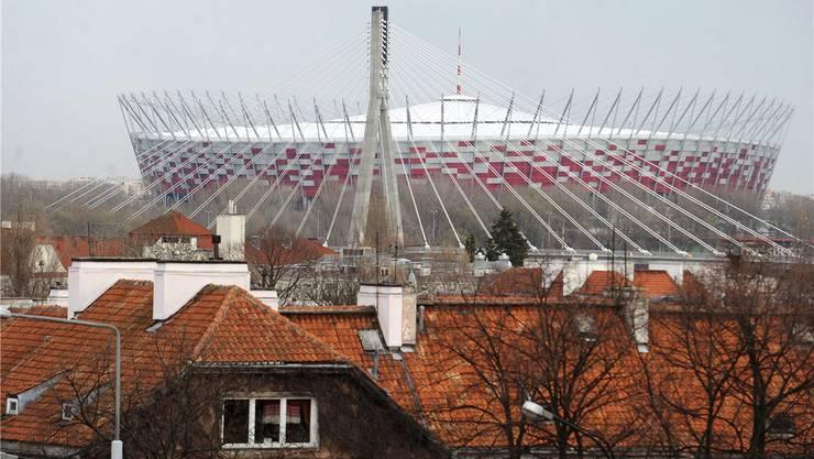 Erste Politiker drohen, das EM-Eröffnungsspiel im Nationalstadion von Warschau zu meiden.KEYSTONE