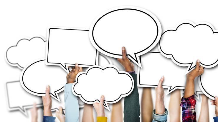 Jugendliche können neu online mit Politikerinnen und Politikern diskutieren. (Symbolbild)