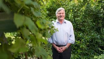 Alt-SVP-Nationalrat Hans Fehr in seinem Garten in Eglisau.