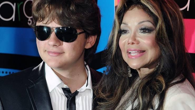 Michael Jacksons Sohn Prince - hier mit seiner Tante La Toya - kann nach eigenen Angaben weder singen noch tanzen. Trotzdem ist die Musikindustrie auch seine Welt. (Archivbild)