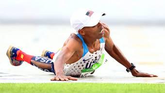 Dass Sport – und besonders übertriebener sportlicher Ehrgeiz – den Körper beschädigen kann, nimmt man in Kauf.