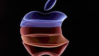 Apple fühlt sich von der EU-Kommission doppelt zur Kasse gebeten. Die Behörde verlangt, dass Apple in Irland 13 Milliarden Euro an Steuern nachzahlt.