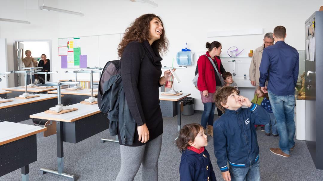 Schulhauseinweihung Späri in Hägendorf