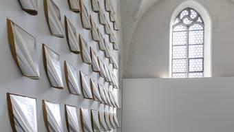 Atsuo Hukuda nutzt den freien Raum bewusst für die Wirkung seines Werkes.