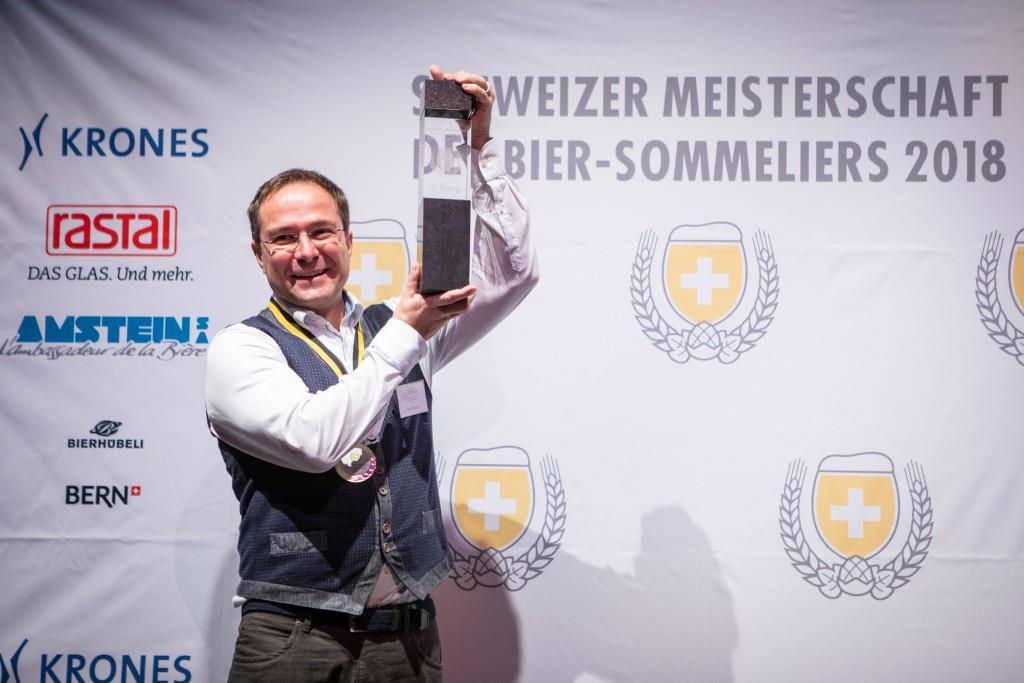 Martin Dröser, Schweizermeister der Bier-Sommeliers 2018. (© Schweizer Brauerei-Verband)