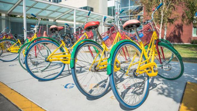 Medien brauchen eine «kreative Revolution»: Velos für Google-Mitarbeiter am Hauptsitz in Mountain View. Foto: Patrick Zuest