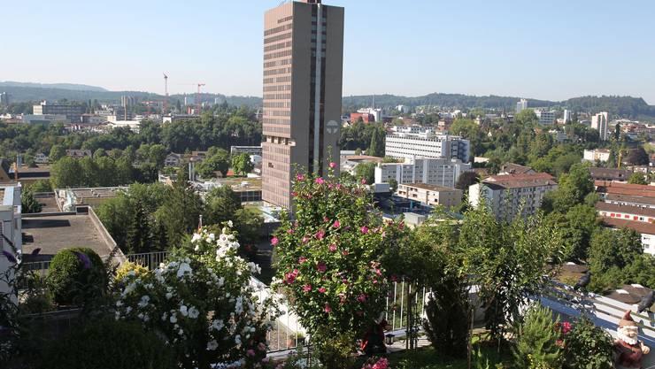 Nach homerischer Debatte vom Kanton gerettet: Telli-Hochhaus, 85 Meter.