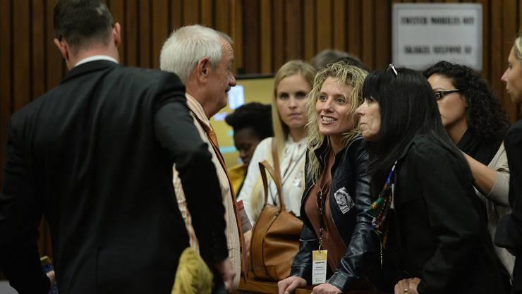 Freunde und Familie der ermordeten Reeva Steenkamp im Gerichtssaal.