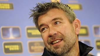 Hat allen Grund zum Lachen: Urs Fischer bleibt Trainer in Thun.