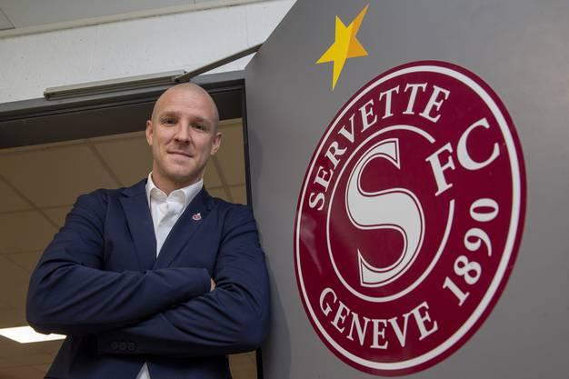 Erst eine Weltkarriere, jetzt direkt im Chefsessel: Der Genfer Philippe Senderos ist als Sportchef zurück bei Servette.