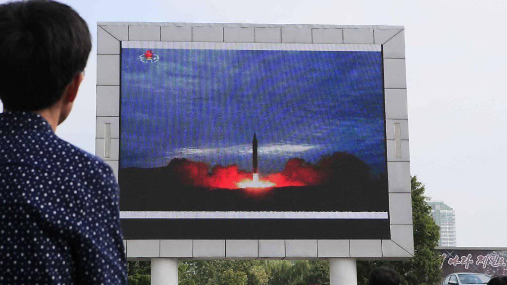 Nordkorea soll laut südkoreanischen Angaben erneut mehrere Projektile zu Testzwecken abgefeuert haben. (Archivbild)