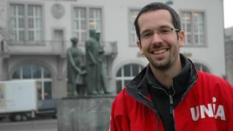 Roman Burger, Geschäftsleiter Unia Sektion Zürich, vor dem Volkshaus Zürich, Streikführer unter anderem am Schauspielhaus Zürich