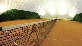 Zürich schafft es nicht, anstelle des Hardturms ein anständiges Stadion zu bauen. Nun droht der Sportstadt Basel ein ähnliches Debakel mit der Tennishalle für die Old Boys.