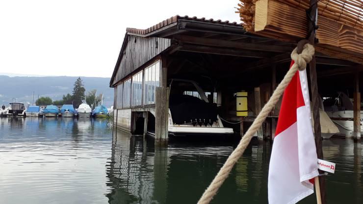 Im Hafen von Erlach, Start am 2. Tag «Chargé pour Soleure», der bis St.Aubin führt